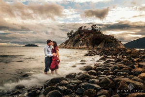 Best Whytecliff Park Engagement Photos